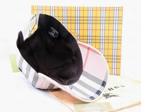 1c1cd9ced7068 casquette gucci pas cher femme,casquette gucci beige rose,gucci bonnet  pompon